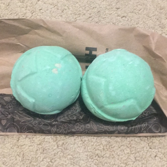Lush Other - Lord of Misrule bath bombs